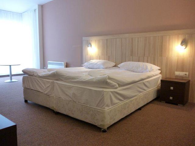 Апартаментен хотел Каса Карина - двойна стая